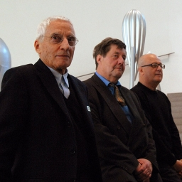 Alessandro Mendini, Alberto Alessi, Florian Hufnagl. Die Neue Sammlung, München, 2010.